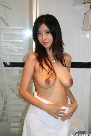 Asian Ass Model Porn Pictures