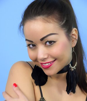 Asian Girl Pin Up Porn Pictures