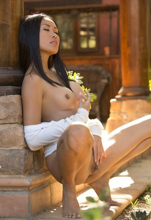 Nude Girls Porn Pictures