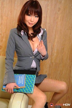 Asian Teacher Ass Porn Pictures
